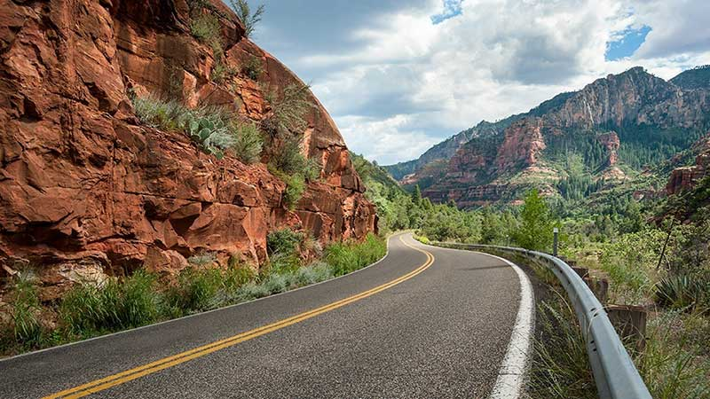 Drive Oak Creek Canyon